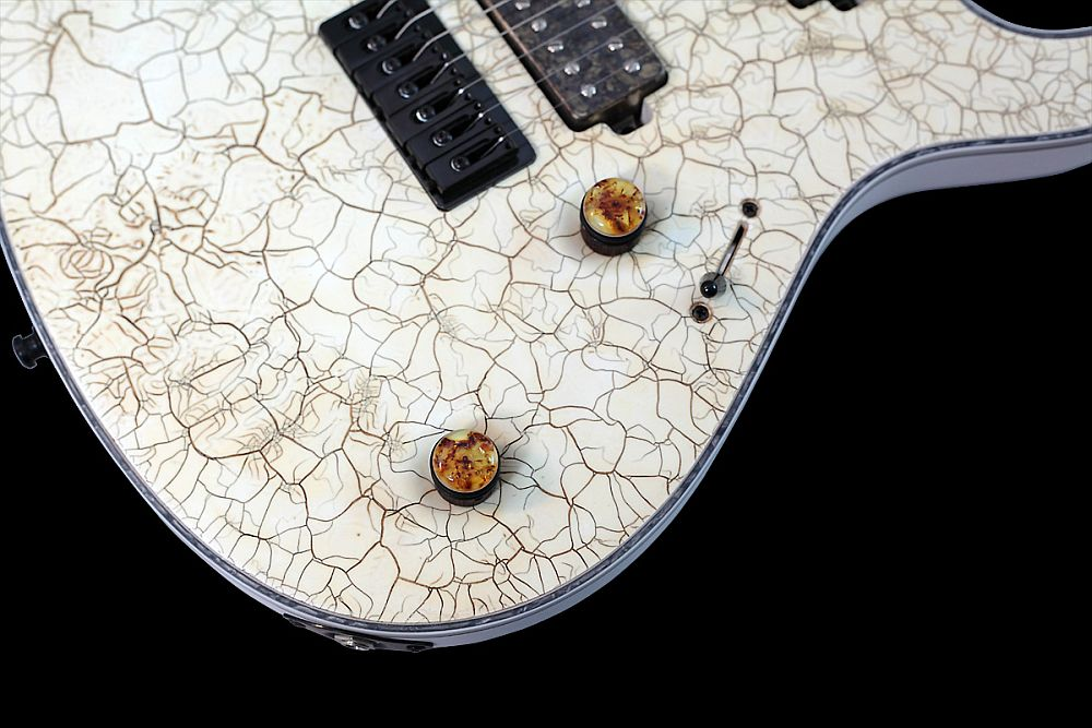 Mayones Regius 7 White Angel Satin finish - Master Builder Collection 2011 - Ebony Dome knobs with Amber top