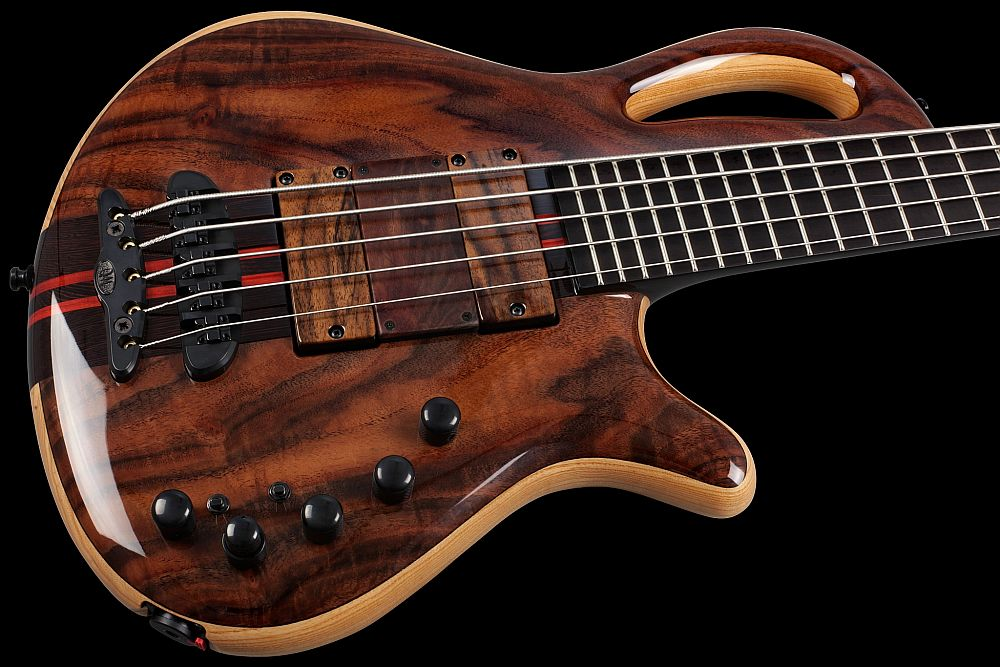 Mayones Caledonius 5 Custom Shop Walnut Claro Trans Natural Gloss finish Bartolini 72M45C-T/B pickups Wooden ramp Mayones M-BP3 3-band EQ preamp Mayones X-25 bridge Schaller M4 3+2 tuners