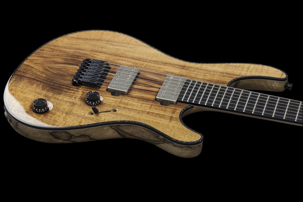 Mayones Regius 7 Koa Figured - Master Builder Collection 2015 - Easy access to the upper frets,