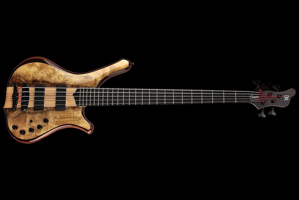 Mayones Comodous 5 Custom Shop Myrtlewood top Trans Natural Gloss finish - Neck-thru-body construction, Easy access to the upper frets