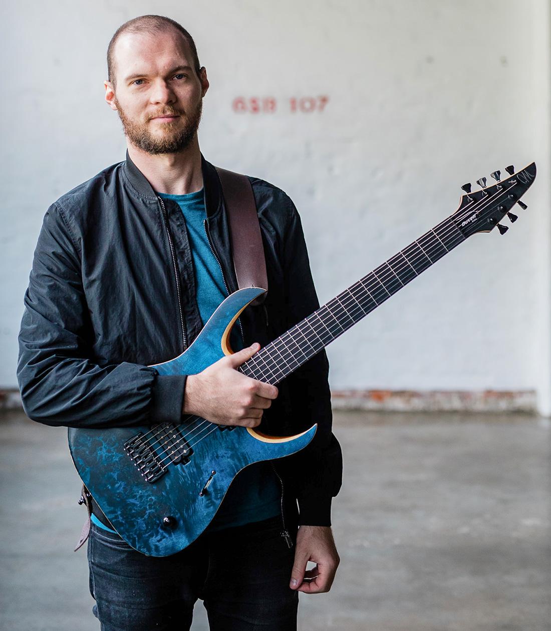 artist_guitar_-scott_kay_big